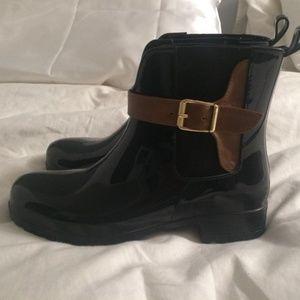 Rain boots by Tamaris